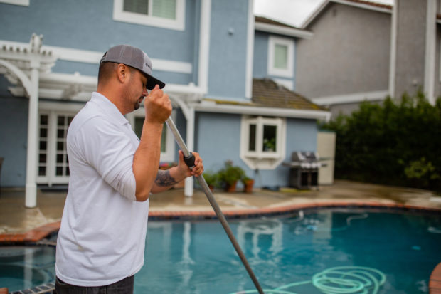 Image of how to start a pool service business