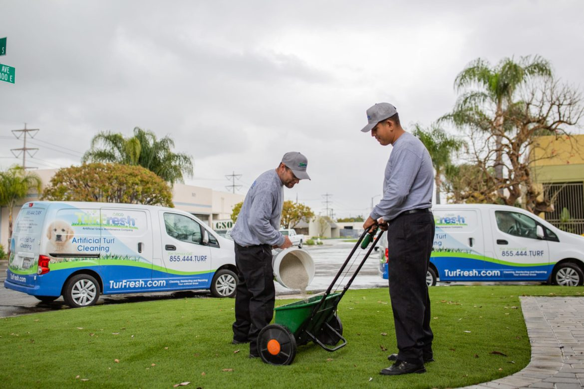 image of how to hire lawn care employees